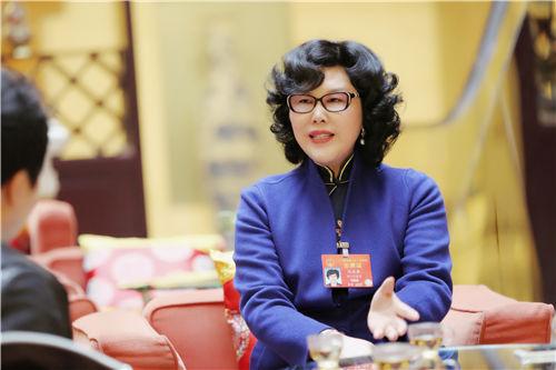 全国人大代表、万丰奥特控股集团党委书记、董事局主席陈爱莲
